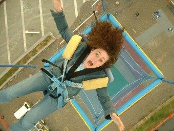 female_bungee_jumping.jpg